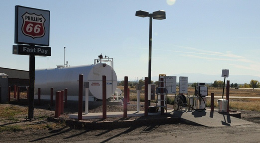 Image of the self serve fuel station at the Pueblo Airport
